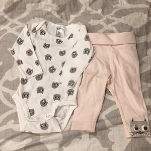 Adorable H&M kitty outfit